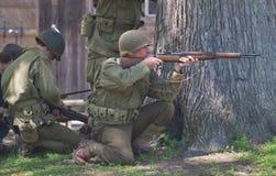 二战争斗再制定 免版税库存照片