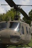 二战纪念品1968年越南UH-1 Huey直升机2 免版税图库摄影