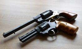 二把手枪 免版税图库摄影
