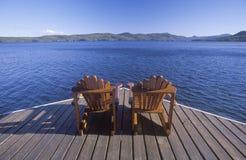 二把Adirondack椅子 免版税图库摄影