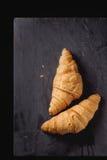 二新月形面包 免版税库存照片