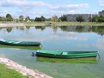 二条划艇 库存照片
