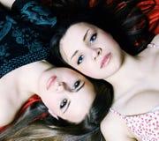 二美丽的妇女 免版税库存照片
