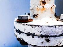 二耳轮缘联接由螺栓和螺母的 库存图片