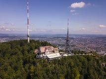 于特利贝格山鸟瞰图在瑞士苏黎士 免版税库存照片