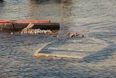于穆尔西亚Menor海沉没的渔船  免版税库存图片