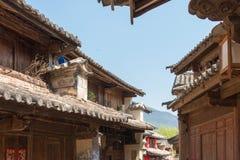 云南,中国- 2015年3月20日:沙溪古老村庄 著名Anc 库存图片