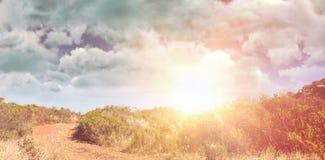 阴云密布看法的综合图象反对天空的 免版税图库摄影