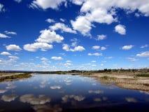 云彩反射在东华盛顿 库存照片
