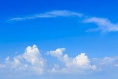 云彩和天空 免版税库存照片
