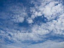 云彩和天空 免版税库存图片
