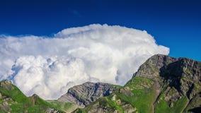 云彩和山3时间间隔4K 股票视频
