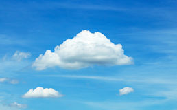 云彩和风 免版税库存照片