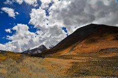 云彩在西藏 免版税库存照片