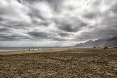 云彩在费埃特文图拉岛 图库摄影