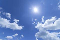 云彩有蓝天背景 库存照片