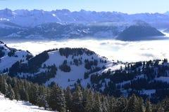 云彩海的看法从瑞吉峰Kulm的在冬天,卢赛恩, 图库摄影