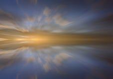 云彩的反射与长的曝光作用的 库存照片