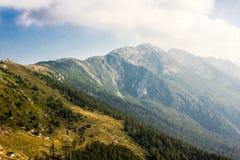 云彩的意大利阿尔卑斯 免版税库存图片