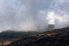云彩的苏格兰高地 图库摄影