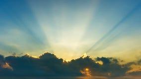 云彩背景在天空和裂片衬里的 库存图片
