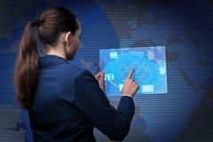 云彩计算的概念的女实业家 库存照片