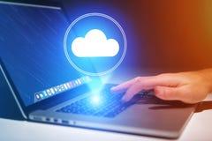 云彩飞行计算机的技术的存贮象的概念 免版税库存图片