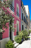 云香Cremieux在第12 Arrondissement是其中一条最俏丽的住宅街道在巴黎 免版税图库摄影