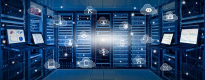 互联网数据中心和云彩服务概念 库存照片