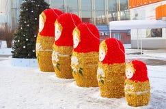 五个大babushka玩偶。 免版税库存图片