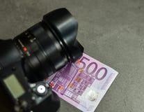 五数百500张欧洲钞票 免版税库存照片