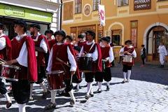 五有花瓣罗斯节日在捷克Republ的捷克克鲁姆洛夫 免版税库存照片