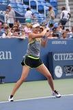 五次全垒打冠军玛丽亚・莎拉波娃为美国公开赛实践2015年在国家网球中心 图库摄影