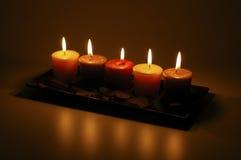五被点燃的蜡烛 免版税库存照片