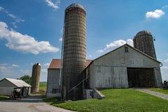 五谷金属筒仓在兰卡斯特宾夕法尼亚安曼人国家 免版税图库摄影