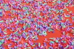 五颜六色地毯的cofetti 库存图片