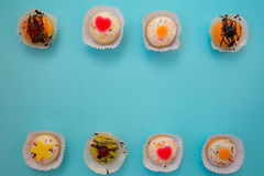 五颜六色微型多福饼点心 免版税库存图片