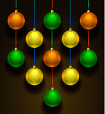 五颜六色球的圣诞节 套现实装饰 向量例证