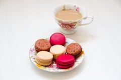 五颜六色甜点法国点心的蛋白杏仁饼干 库存照片