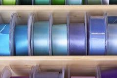 五颜六色的丝带和磁带 免版税库存照片