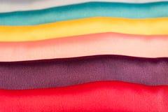 五颜六色的丝织物 免版税图库摄影