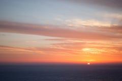 五颜六色的严重的日落 海角Keri, Zante 免版税库存图片