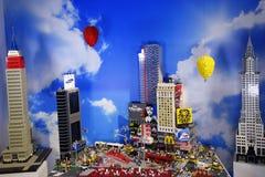 五颜六色的乐高建筑 免版税库存照片