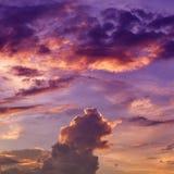 五颜六色的云彩摘要  库存图片