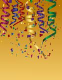 五颜六色的五彩纸屑和五颜六色的丝带背景 免版税库存照片