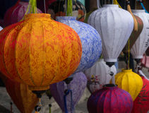 五颜六色的亚洲灯笼 库存照片