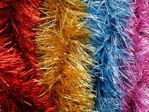 五颜六色的党飘带,五颜六色的圣诞节丝带,新年 免版税库存图片