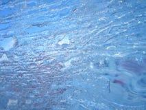 五颜六色的冰 抽象冰纹理 背景蓝色云彩调遣草绿色本质天空空白小束 库存照片