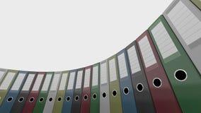 五颜六色的办公室黏合剂转动,低角度宽射击 4K无缝的圈能动画 股票录像