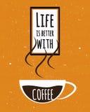 五颜六色的印刷术海报与诱导行情生活是好与一杯在老纸纹理backg的浓哥伦比亚的咖啡 库存照片